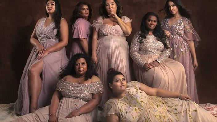 This photo of gorgeous South Asian women will have you