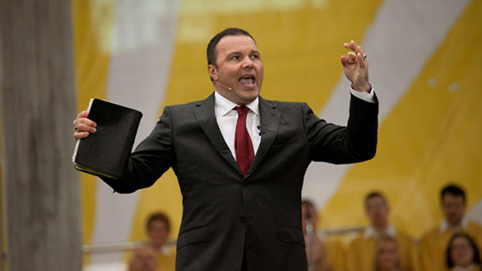 Former pastor of Seattle's Mars Hill Church, Mark Driscoll, has strongly advocated for complementarianism.