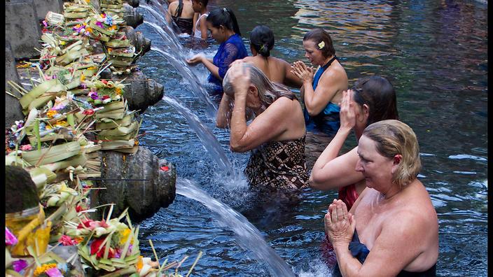 melukat purification ritual