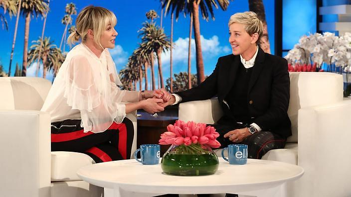 Ellen Degeneres gives 1 Million USD to fans