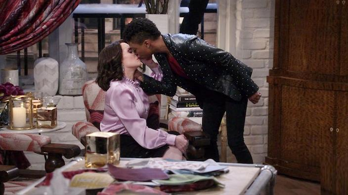 e873904972f Karen Walker locks lips with Samira Wiley on new  Will and Grace ...