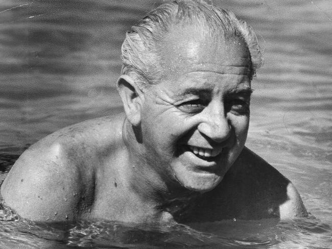 Harold Edward Holt: The Missing PM | SBS Your Language