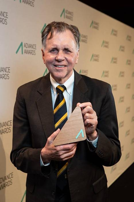 Professor Barry Marshall received 2018 Advance Award