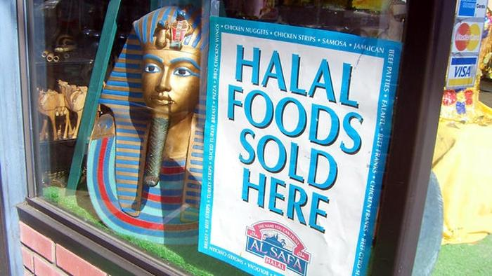 SBS Language   Busting myths around what is Halal meat - and