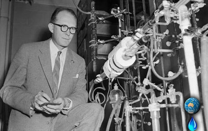 willard dating Willard frank libby (december 17, 1908 – september 8, 1980) was an american physical chemist noted for his role in the 1949 development of radiocarbon dating, a process which revolutionized archaeology and palaeontology.