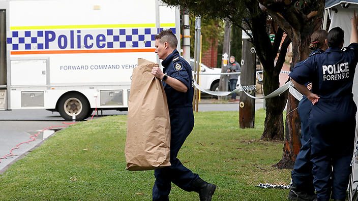 1eb6509a7764a0 Homicide detectives are continuing to comb a house for clues after five  people were found dead in a Perth home on Sunday. (AAP)
